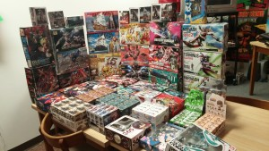 Gundam models and trading figures